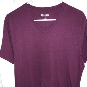Men's purple Old Navy V-neck T-shirt